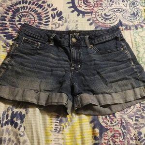 🌴A.n.a rolled cuff midi shorts
